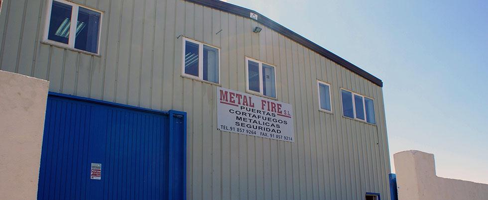 Metal Fire Fachada